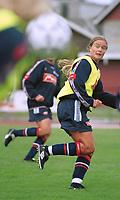 Ingrid Camilla Fosse Sæthre, U21K. Kvinnefotball: U21 kvinner 2000. Trening på stadion i Sarpsborg, foran kampen mot Sverige. 8. september 2000. (Foto: Peter Tubaas/Fortuna Media)