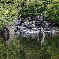 Samukawa Shrine Garden - Kantakeyama is the formal offical name of the Japanese garden at Samukawa Shrine near Chigasaki, Kanagawa-ken. The pond garden's centerpiece is a multi tiered waterfall cascade. The shrine itself is ancient and has the interesting characteristic of saying prayers to protect one from evil, one of the few Shinto shrines in Japan to actually have rituals to perform this, the unique ceremony is called Happoyoke.