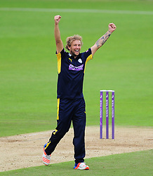 Gareth Berg celebrates the wicket of James Hildreth.  - Mandatory by-line: Alex Davidson/JMP - 02/08/2016 - CRICKET - The Ageas Bowl - Southampton, United Kingdom - Hampshire v Somerset - Royal London One Day