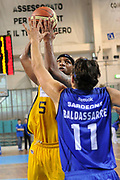 DESCRIZIONE : Novara Lega A2 2009-10 Campionato Miro Radici Fin. Vigevano - Banco di Sardegna Sassari<br /> GIOCATORE : Williams<br /> SQUADRA : Miro Radici Fin. Vigevano<br /> EVENTO : Campionato Lega A2 2009-2010<br /> GARA : Miro Radici Fin. Vigevano Banco di Sardegna Sassari<br /> DATA : 02/05/2010<br /> CATEGORIA : Tiro<br /> SPORT : Pallacanestro <br /> AUTORE : Agenzia Ciamillo-Castoria/D.Pescosolido