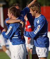 Morten Moldskred, Aalesund, jubler sammen med Trond Fredriksen og Joakim Austnes, Aalesund. <br /> <br /> Fotball: Kongsvinger - Aalesund 2-2 (5-2 e. straffer). NM 2004 herrer, 3. runde. 8. juni 2004. (Foto: Peter Tubaas/Digitalsport.