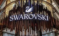 THEMENBILD - Swarovski Logo bei einem Geschäftslokal, aufgenommen am 03. Juli 2017, Wien, Österreich // Swarovski logo at a shop, Vienna, Austria on 2017/07/03. EXPA Pictures © 2017, PhotoCredit: EXPA/ JFK