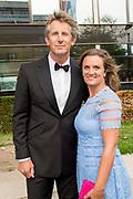 Gala Voetballer van het Jaar 2018 bij Studio 21 in Hilversum.<br /> <br /> Op de foto:  Edwin van der Sar en partner Annemarie van Kesteren