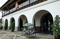 One of the State Railways of Thailand's finest stations, it is officially called Nakhon Lampang Station though everyone knows it as simply Lampang Station.  The Nakhon Lampang Railway Station organizes at the beginning of April to commemorate the first royal train that arrived to the station 1 April, 1916.