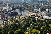 Nederland, Zuid-Holland, Rotterdam, 23-05-2011;.Zicht op Rotterdam in Westelijke richting..Euromast aan de rand van Het Park, rechts de witte hoogbouw van het Dijkzichtziekenhuis, de G.J. de Jongweg, Westzeedijk en het Lloydkwartier (l).View on Rotterdam north-westwards. Urban renewal and modern architecture in a former harbour next to the Landmark Euromast..luchtfoto (toeslag), aerial photo (additional fee required).copyright foto/photo Siebe Swart