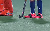 AMSTELVEEN - tape om de schoenen  voor   de Pro League hockeywedstrijd heren, Nederland - Groot-Brittannie (1-0).   COPYRIGHT KOEN SUYK