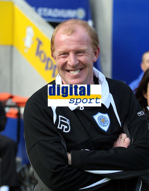 Photo: Mark Stephenson.<br /> Leicester City v Stoke City. Coca Cola Championship. 29/09/2007.Leicester's manager Gary Megson