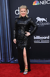 Kelly Clarkson at the 2019 Billboard Music Awards held at the MGM Grand Garden Arena in Las Vegas, USA on May 1, 2019.
