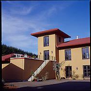 The Black Walnut Inn, Dundee, Oregon 4-06