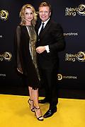 Gouden Loper van het 49ste Gouden Televizier-Ring Gala 2014 in Carre , Amsterdam<br /> <br /> Op de foto: <br /> <br /> <br /> <br />  Tooske Ragas - Breugem en partner Bastiaan Ragas