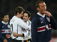 Fotball<br /> Bundesliga 2004/2005<br /> Foto: Witters/Digitalsport<br /> NORWAY ONLY<br /> <br /> 22.03.2006<br /> Tyskland v USA 4-1<br /> Jubel 2:0 v.l. Miroslav Klose, Oliver Neuville Deutschland, Jimmy Conrad USA