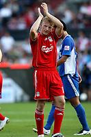 Photo: Maarten Straetemans.<br /> Shanghai Shenhua v Liverpool. Rotterdam Tournament. 03/08/2007.<br /> Dirk Kuyt (Liverpool) greets his former homecrowd