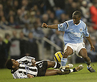 Fotball<br /> England 2004/2005<br /> Foto: SBI/Digitalsport<br /> NORWAY ONLY<br /> <br /> Manchester City v Newcastle United<br /> FA Barclays Premiership.<br /> 02/02/2005.<br /> City's Shaun Wright Phillips and Newcastle's Celestine Babayaro
