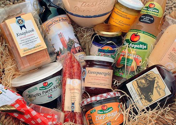 Nederland, Swalmen, 18-12-2007..In de winkel van een fruitteler worden streekproducten uit Midden Limburg aangeboden...Foto: Flip Franssen/Hollandse Hoogte