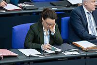 13 FEB 2020, BERLIN/GERMANY:<br /> Michelle Muentefering, SPD, Staatsministerin im Auswaertigen Amt, Sitzung des Deutsche Bundestages, Plenum, Reichstagsgebaeude<br /> IMAGE: 20200213-01