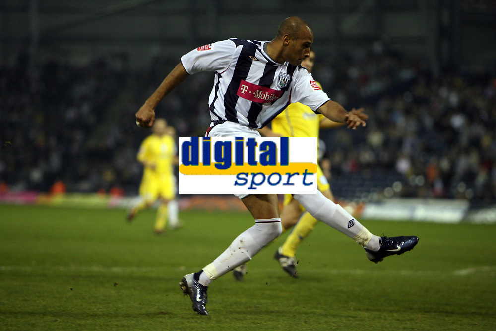 Photo: Rich Eaton.<br /> <br /> West Bromwich Albion v Sheffield Wednesday. Coca Cola Championship. 13/04/2007. West Broms Diomansy Kamara shoots wide in the first half