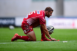 Guinness PRO14, Parc y Scarlets, Llanelli, UK 22/8/2020<br /> Scarlets v Cardiff Blues<br /> Leigh Halfpenny of Scarlets lines up a conversion attempt following the try<br /> Mandatory Credit ©INPHO/Ryan Hiscott