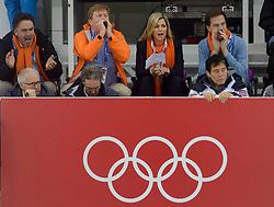 08-02-2014 SCHAATSEN: OLYMPIC GAMES: SOTSJI<br /> 5000 meter mannen / Camiel Eurlings, Willem Alexander, Maxima en Mark Rutte zitten klaar voor de ritten van de Nederlanders<br /> ©2014-FotoHoogendoorn.nl<br />  / Sportida