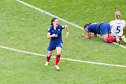 09.07.2011, FIFA Frauen-WM-Stadion Leverkusen, Leverkusen, GER, FIFA Women Worldcup 2011, Viertelfinale, England (ENG) vs. Frankreicht (FRA), im Bild:  Torjubel / Jubel  nach dem 1:1 durch Elise Bussaglia (Frankreich).. // during the FIFA Women´s Worldcup 2011, Quaterfinal, England vs France on 2011/07/09, FIFA Frauen-WM-Stadion Leverkusen, Leverkusen, Germany.   EXPA Pictures © 2011, PhotoCredit: EXPA/ nph/  Mueller *** Local Caption ***       ****** out of GER / CRO  / BEL ******