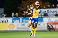 Fotball , 21. oktober 2018 , 1. divisjon , OBOS-ligaen<br /> Mjøndalen - Jerv<br /> Quint Jansen, Mjøndalen<br /> Sean Okoli, Jerv<br /> Foto: Christoffer Hansen , Digitalsport
