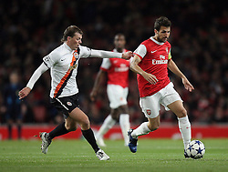 19.10.2010, Emirates Stadium, ENG, UEFA CL, FC Arsenal vs Shakhtar Donetsk, im Bild Arsenal's Cesc Fabregas (captain)  and Shakhtar's Oleksiy Hay, EXPA Pictures © 2010, PhotoCredit: EXPA/ IPS/ Marcello Pozzetti *** ATTENTION *** UK AND FRANCE OUT!