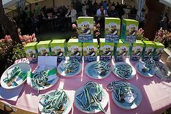 Prijzen tafel<br /> LRV Nationaal Tornooi Genk 2012<br /> © Dirk Caremans