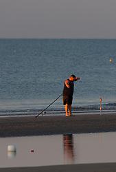 THEMENBILD - ein Fischer am Sandstrand in der Morgensonne, aufgenommen am 16. Juni 2018, Lignano Sabbiadoro, Österreich // a fisherman on a sandy beach in the morning sun on 2018/06/16, Lignano Sabbiadoro, Austria. EXPA Pictures © 2018, PhotoCredit: EXPA/ Stefanie Oberhauser