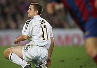 Fotball<br /> La Liga Spania<br /> 20.11.2004<br /> Foto: BPI/Digitalsport<br /> NORWAY ONLY<br /> <br /> Barcelona v Real Madrid <br /> <br /> Michael Owen, who came on for David Beckham