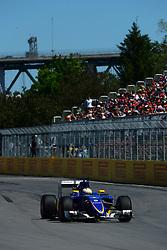 06.06.2015, Circuit Gilles Villeneuve, Montreal, CAN, FIA, Formel 1, Grand Prix von Kanada, Qualifying, im Bild Marcus Ericsson (SWE) Sauber C34 // during Qualifyings of the Canadian Formula One Grand Prix at the Circuit Gilles Villeneuve in Montreal, Canada on 2015/06/06. EXPA Pictures © 2015, PhotoCredit: EXPA/ Sutton Images/ Patrick Vinet<br /> <br /> *****ATTENTION - for AUT, SLO, CRO, SRB, BIH, MAZ only*****