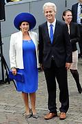 Prinsjesdag 2014 - Aankomst Politici op het Binnenhof.<br /> <br /> Op de foto:  PVV-fractievoorzitter Geert Wilders met partner