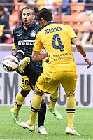 Rodrigo Palacio Inter, Pedro Mendes Parma <br /> Milano 04-04-2015 Stadio Giuseppe Meazza Football Calcio Serie A 2014/2015 Inter - Parma foto Matteo Gribaudi / Image Sport / Insidefoto