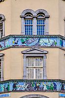 République d'Irlande, Dublin, façade de maison angle Essex Street et Parliament street // Republic of Ireland; Dublin, house front corner Essex Street and Parliament street