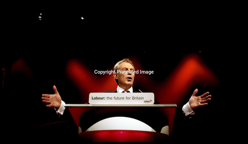 Prime Minister Tony Blair during his  last Conference speech at the Labour Party Conference ,Manchester PRESS ASSOCIATION Photo. Picture date:Tuesday 26th September , 2006. Photo credit should read: Andrew Parsons/PA.