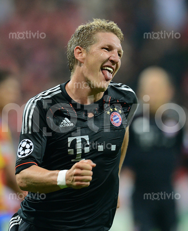FUSSBALL   CHAMPIONS LEAGUE   SAISON 2012/2013   GRUPPENPHASE   FC Bayern Muenchen - FC Valencia                            19.09.2012 Jubel nach dem Tor zum 1:0 von Bastian Schweinsteiger (FC Bayern Muenchen)
