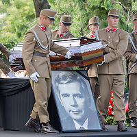 Soldiers carry the coffin of Gyula Horn former prime minister of Hungary in Budapest, Hungary on July 08, 2013. ATTILA VOLGYI