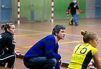 HEILOO -Terriers Coach Jisse Waasdorp tijdens de  competitiewedstrijd zaalhockey tussen   COPYRIGHT KOEN SUYK