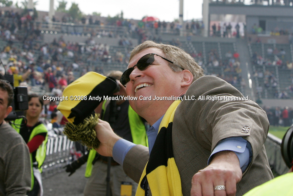 23 November 2008: Hunt Sports Group president John Wagner throws a scarf into the section of Crew fans. The Columbus Crew defeated the New York Red Bulls 3-1 in Major League Soccer's championship game, MLS Cup 2008, at the Home Depot Center in Carson, California.