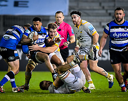 Brad Shields and Joe Launchbury of Wasps tackle Anthony Watson of Bath Rugby - Mandatory by-line: Andy Watts/JMP - 08/01/2021 - RUGBY - Recreation Ground - Bath, England - Bath Rugby v Wasps - Gallagher Premiership Rugby