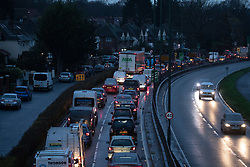 © Licensed to London News Pictures. 06/01/2021. London, UK. Heavy traffic seen on the A3 Kingston Bypass, Roehampton, South West London as cases continue to rise dramatically throughout the capital with the UK recording over 60,000 positive tests a day. Yesterday, Prime Minister Boris Johnson plunged England into another lockdown as he ordered schools to close and office workers to work from home in his televised address to the nation. This week, the first person in the world was vaccinated with the Oxford AstraZeneca Covid-19 vaccine with over 500,000 doses made available for high risk groups as the government race to vaccinate 13 million people in seven weeks. Photo credit: Alex Lentati/LNP