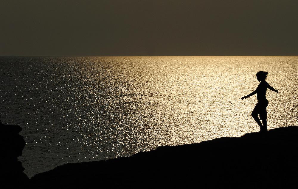Mimmi Widstrand (NB5963), rauk beach, Fårö, Gotland