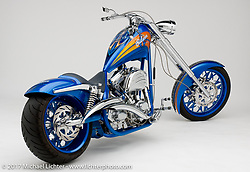 """""""Gibson"""" custom bike built by Arlen Ness in Dublin, CA, October 12, 2004, photographed by Michael Lichter in Dublin, CA. ©2004 Michael Lichter"""