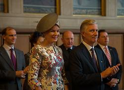 Das belgische Kˆnigspaar Philippe und Mathilde  und Prinz Donatus von Hessen, links,im Rathaus Rˆmer in Frankfurt / 181016 *** King Philippe and queen Mathilde of Belgium visiting City Hall of Franfurt on October 18, 2016 ***