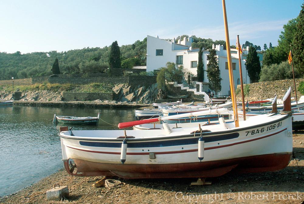 SPAIN, COSTA BRAVA Port Lligat, Dali home and museum