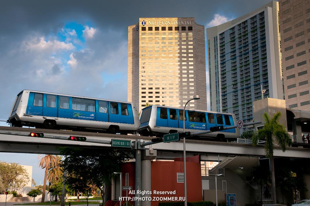 Empty bus in Miami