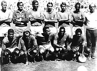 Fotball<br /> VM 1970<br /> Foto: imago/Digitalsport<br /> NORWAY ONLY<br /> <br /> 21.06.1970  <br /> <br /> Die brasilianische Nationalmannschaft vor dem Finalspiel gegen Italien am 21.06.1970: H.R.v.l.: Carlos Alberto, Felix, Brito, Piazza, Clodoaldo, Everaldo, Trainer Mario Zagallo, v.R.v.r.: Jairzinho, Gerson, Tostao, Pelé, Rivelino