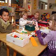 Operatie schoenendoos voor arme landen Koninging Wilhelminaschool Huizen groep 2