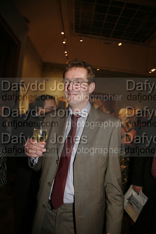 Rupert Finch-Hatton, Party to celebrate the publication of Too Close To The Sun: The Life and Times of Denys Finch Hatton by Sara Wheeler, Christies. King St. St. James. London. 9 March 2006. ONE TIME USE ONLY - DO NOT ARCHIVE  © Copyright Photograph by Dafydd Jones 66 Stockwell Park Rd. London SW9 0DA Tel 020 7733 0108 www.dafjones.com