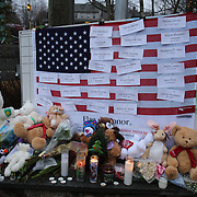 A memorial to the fallen children tree in Sandy Hook after the mass shootings at Sandy Hook Elementary School, Newtown, Connecticut, USA. 16th December 2012. Photo Tim Clayton