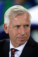 Crystal Palace Manager Alan Pardew looks on from the dugout. Premier league match, Everton v Crystal Palace at Goodison Park in Liverpool, Merseyside on Friday 30th September 2016.<br /> pic by Chris Stading, Andrew Orchard sports photography.