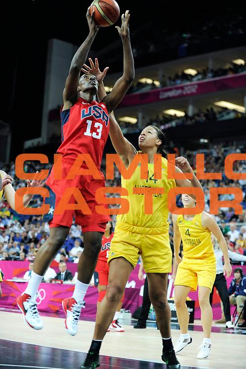 DESCRIZIONE : Basketball Jeux Olympiques Londres Demi finale<br /> GIOCATORE : Fowles Sylvia USA<br /> SQUADRA : USA FEMME<br /> EVENTO : Jeux Olympiques<br /> GARA : USA AUSTRALIE<br /> DATA : 09 08 2012<br /> CATEGORIA : Basketball Jeux Olympiques<br /> SPORT : Basketball<br /> AUTORE : JF Molliere <br /> Galleria : France JEUX OLYMPIQUES 2012 Action<br /> Fotonotizia : Jeux Olympiques Londres demi Finale Greenwich Arena<br /> Predefinita :